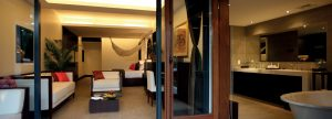 pang_1366x490_room_la_residence_suite_lounge03