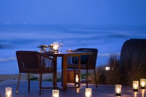 Alila Seminyak - Restaurant - Romantic Dinner 01